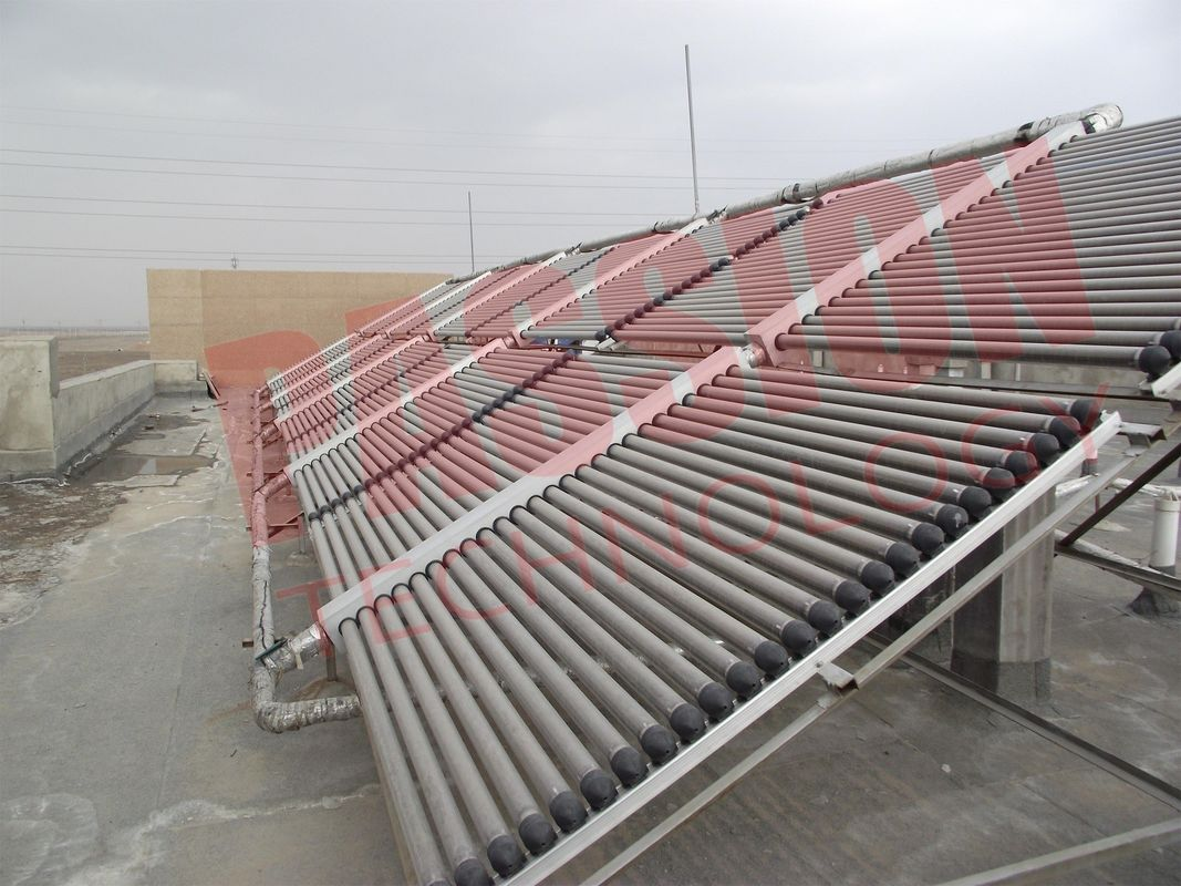 2000L 200 Tubes Evacuated Tube Solar Collector , Solar Water Heater Solar Thermal Collector